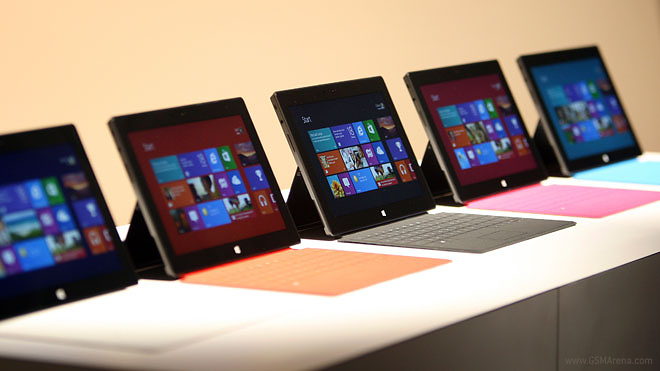 Microsoft Surface arrin 1.5 milion shitje Itshqip