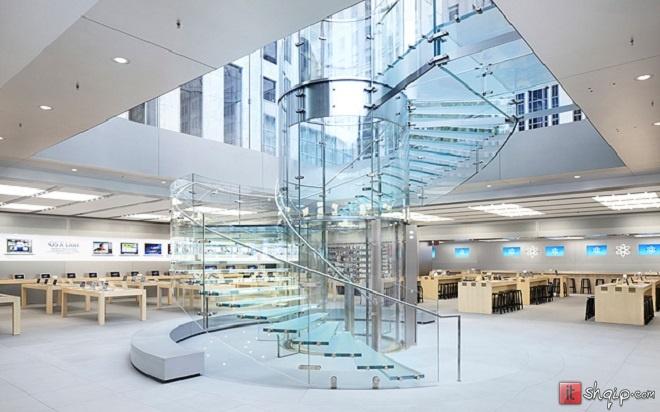 Dyqanet e kompanisë Apple mbushin 13 vite më 19 Maj